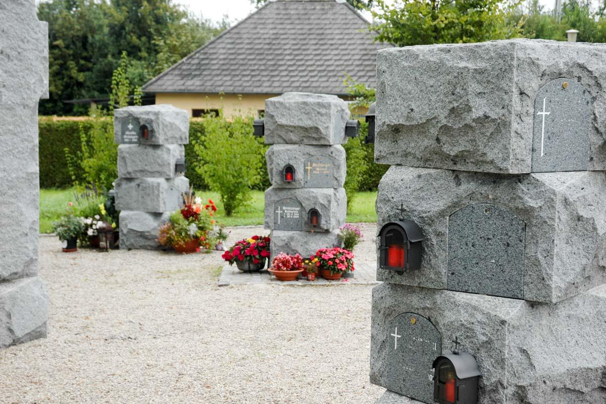 Schärdinger Granit Urnengrab