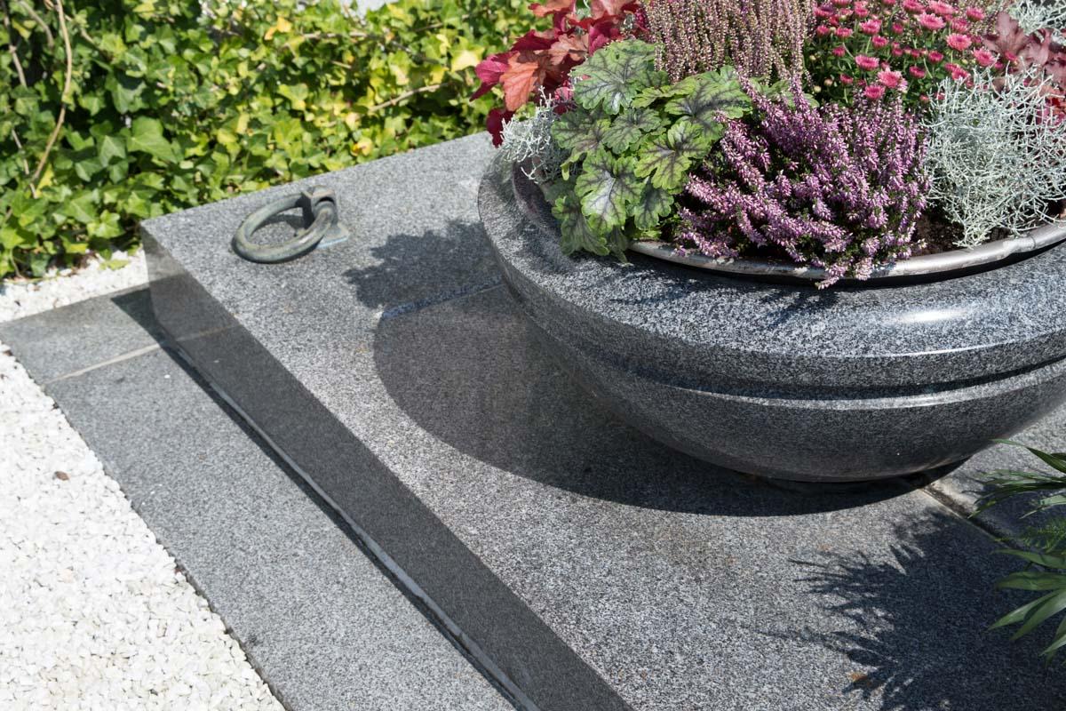 Schärdinger Granit Erdgrab